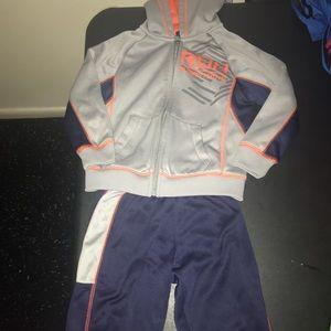 Reebok 2 piece Jogging suit